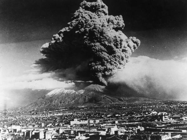 Eruzione-del-Vesuvio-600x450